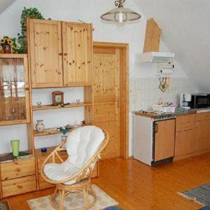 würschnitztal-fewoWohnzimmer mit Kochecke